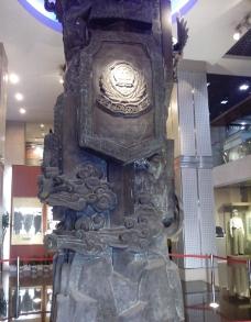 警察博物馆雕塑图片
