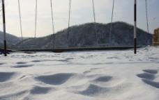 冬季秋千图片