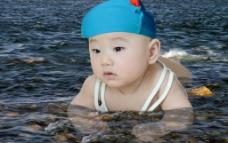 水中的宝宝图片