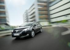 丰田Avensis图片