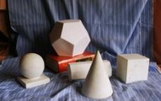 几何石膏体组合图片