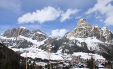多洛米蒂山脉图片