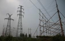 电力线路跨越架图片