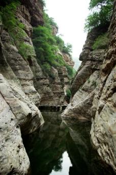 河南渑池仰韶大峡谷图片
