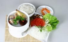 香菇土鸡汤锅图片