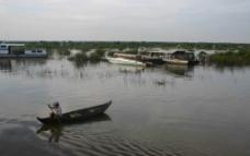 柬埔寨的洞里萨湖图片